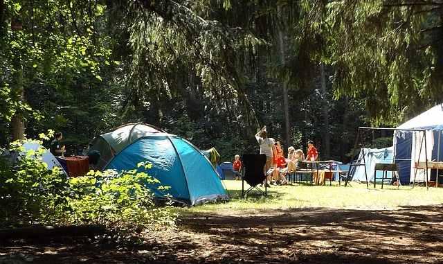 Ratgeber: Dein Camping-Abenteuer mit Natur und Zelt