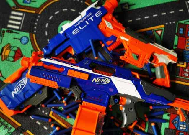 Guide: NERF toy weapons