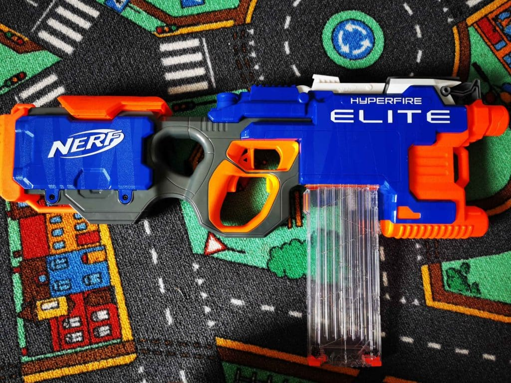 NERF toy weapons 009