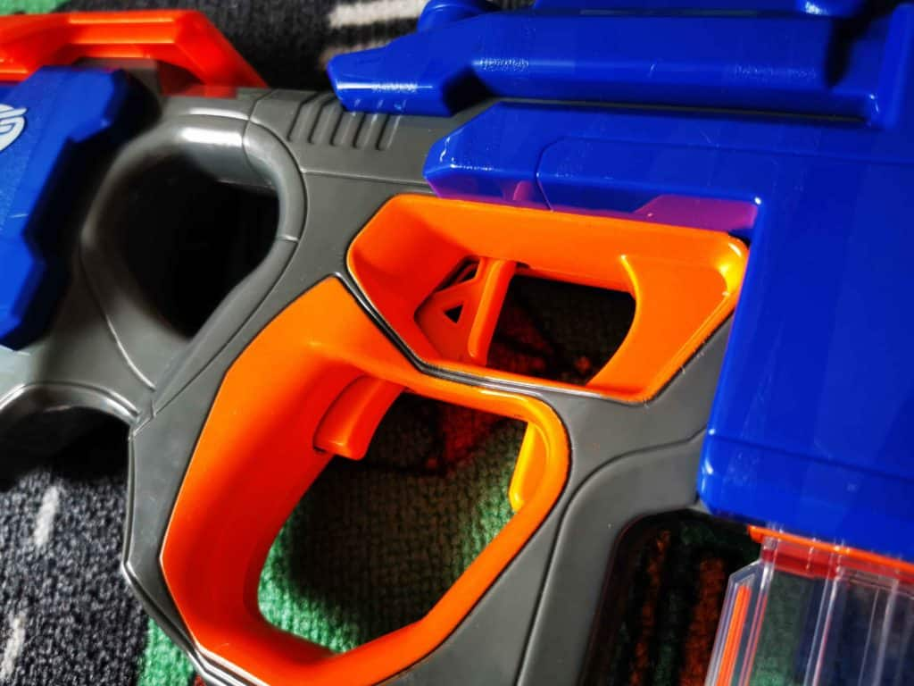 NERF toy weapons 010