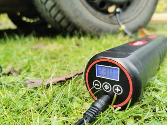 Oasser P1S elektrisk luftpumpe med batteritest