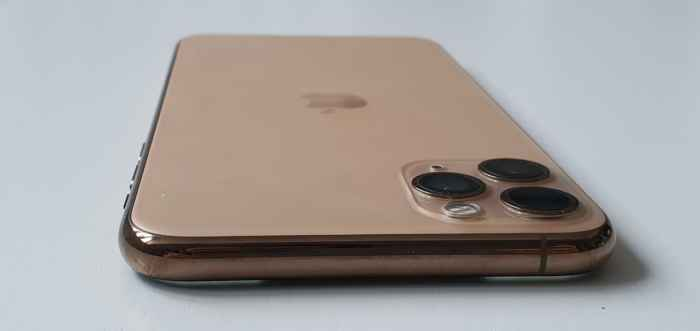 iPhone Pro Max Gold