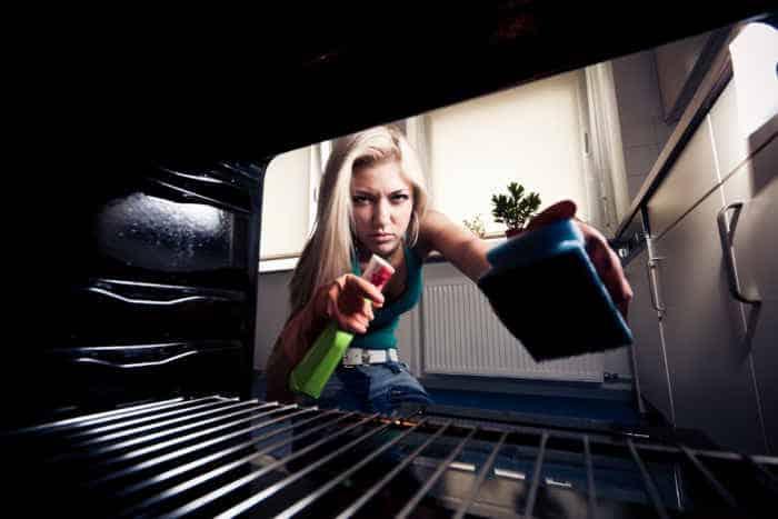 Backofen reinigen – Die besten Tipps