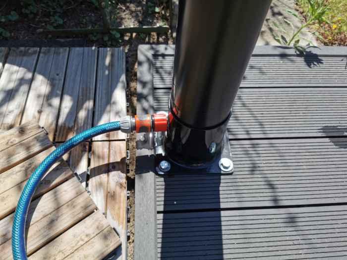 Ducha solar de plástico con manguera